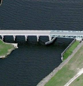 POINT CHOSEN SWING BRIDGE